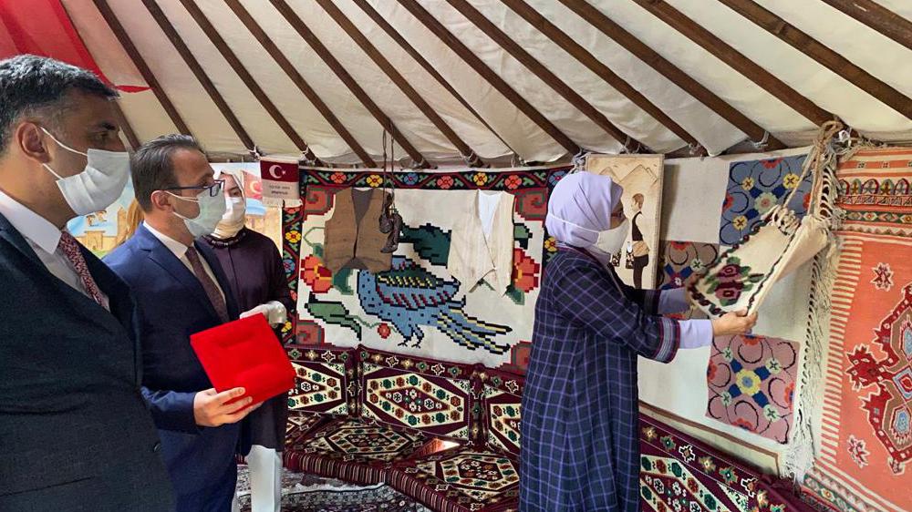 Emine Erdoğan, Erzurum otağını ziyaret etti