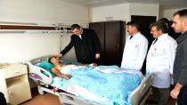 Vali Okay Memiş yaralı askerleri ziyaret etti