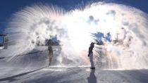 Erzurum'da sıcak su havada buz tuttu
